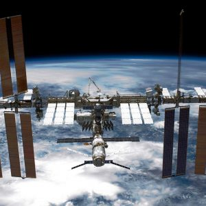 IRobot Roomba 675 Robot Vacuum Attention Aspiring Astronauts: Challenge Yourself With SpaceX's ISS Docking Simulator